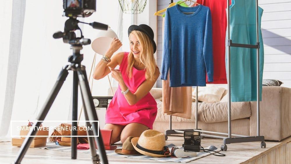 Make money with fashion blog